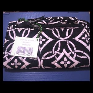Vera Bradley zipper wallet new with tags.